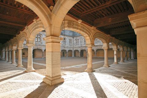 Besancon Cour du Palais Granvelle