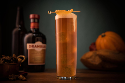 Pumpkin Ginger Shandy cocktail - 6 sweater weather and Halloween recipes
