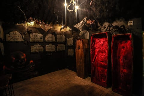 Drink Company PUB Dread crypt room with coffins - Halloween pop up bar promotion