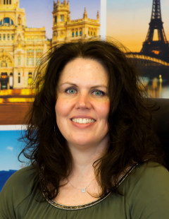 Central Holidays Appoints Lori Corless