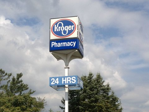Waltzing Stock: The Kroger Co. (NYSE:KR) Technical Alerts about KR