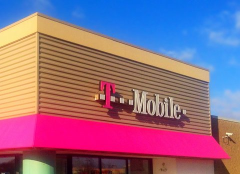 Mobile Essentials Is a New Unlimited Plan for $60 a Month