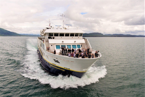 Lindblad Expeditions' National Geographic Quest