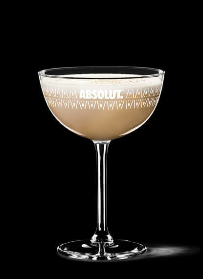 Absolut Vodka Vanilla Alexander cocktail - The Mysterious History of the Brandy Alexander