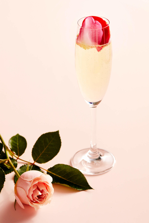 Bubble Bouquet cocktail by Absolut Vodka - 26 Valentine's Day Cocktails