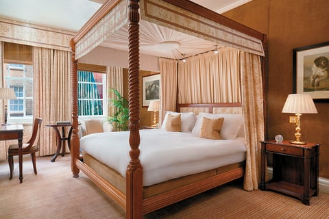 New Luxury London Suites For A Honeymoon