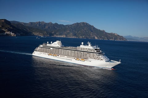 Seven Seas Explorer in Sorrento