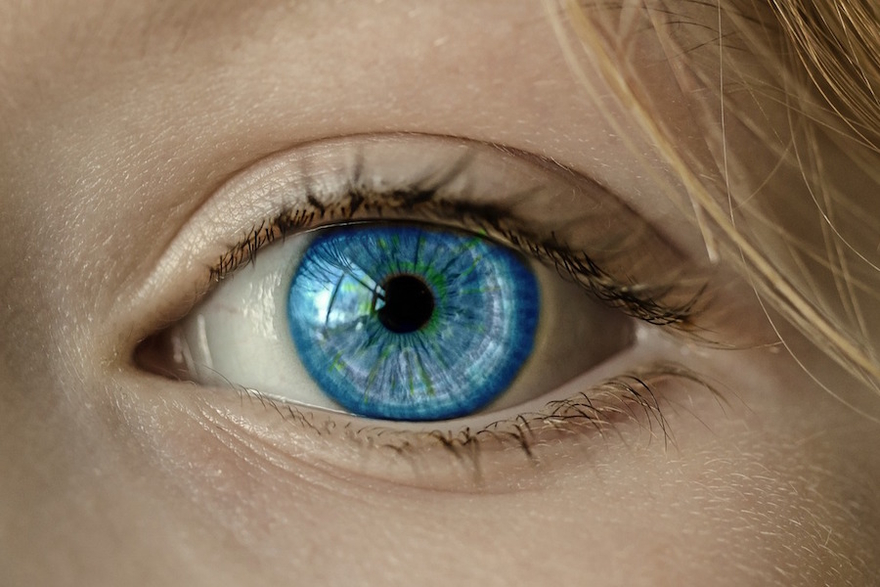 New water-containing hydrogel contact lenses offer UV protection