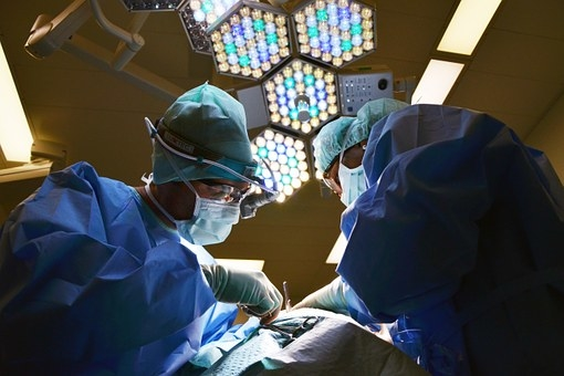 Group recommends mandatory cognitive, physical testing of surgeons by 65