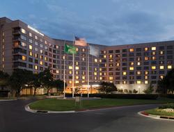 DoubleTree by Hilton Tulsa - Warren Place exterior photo