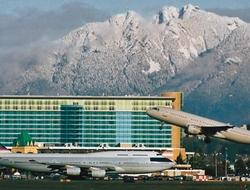 Fairmont Vancouver Airport Hotel exterior