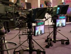 TV cameras at IBC TV studios (Sam Bookman, FierceOnlineVideo)