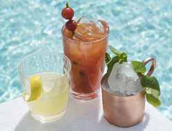 Cocktails at The Aquatic Club at The Palazzo Las Vegas