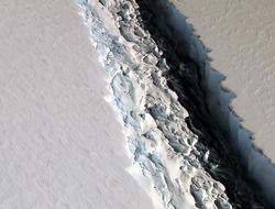 the crack in the Larsen C Ice Shelf in Antarctica