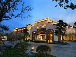 R&F Properties will buy Wanda's properties for $9.22 billion.