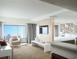 """Zimmerman Weintraub Associates inspired by Chicago as """"City in a Garden"""" for renovation of Chicago Marriott Downtown Magnificent Mile."""