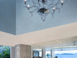 DEDALO is a collection of chandeliers that use the glassblowing technologies from the Venetian island of Murano.