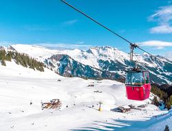 Ski gondola - tora1983/iStock/Getty Images Plus/Getty Images