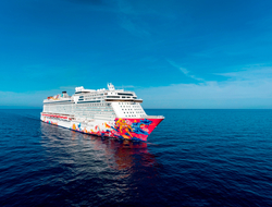 Dream cruises Genting Dream