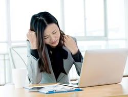 One in four recent HK graduates are disappointed with their first jobs (image baona / iStockPhoto)