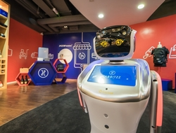 PCCW Solutions opened intelligent unmanned store