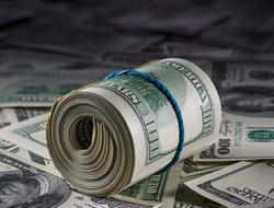 Role of hundred dollar bills on other bills