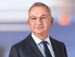 José Baselga AstraZeneca headshot