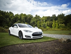 Tesla Model S electric vehicle Alt text/Description
