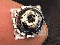 University of Michigan develops small gyroscope