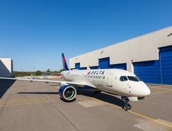 Delta A220-200
