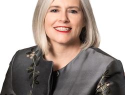 Helen Torley headshot