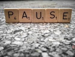 Pause