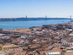 Lisbon (Pixabay)