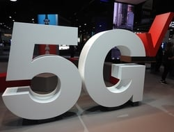 Verizon 5G logo