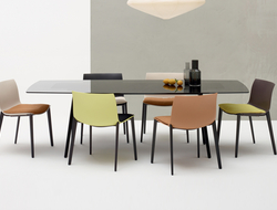The Meety table by Lievore Altherr Molina for Arper gets an update this 2018.