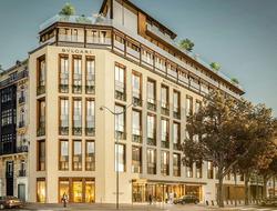 Antonio Citterio Patricia Viel inspired by Parisian Haussmann style for Bvlgari Hotel Paris.