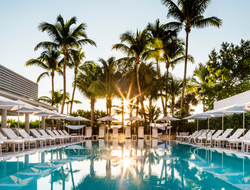 American artist Franz Klainsek debuts permanent art exhibition at COMO Metropolitan Miami Beach.