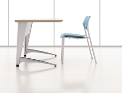 Designed by Mitch Bakker of IDa Design, the table is available in a number of sizes and shapes.