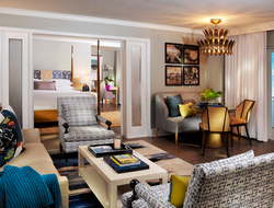 The newly renovated lobby, guestrooms and suites in the Gulf Tower, as well as the restaurant, draw design inspiration from the natural elements surrounding the resort.