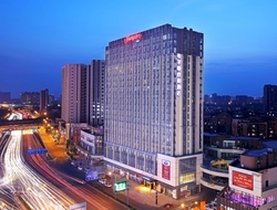 China's total construction pipeline currently has 2,481 hotel projects with 546,424 guestrooms, up 2 percent year-over-year.