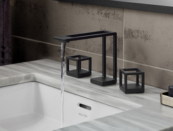 Inspired by the fundamentals of the De Stijl movement, the Grid faucet outline form and waterways are created using 3D printing technology.