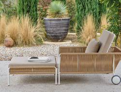 Inspired by a species of bird known for its intricately woven nests, Vincent Martinez used 8mm ropes to achieved a complex design similar to rattan furniture.