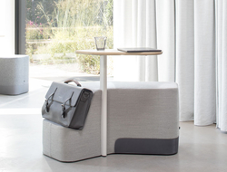 Designed by Uli Budde and Ivan Kasner, the portable desk has a slanted ledge perfectly sized for holding a bag.