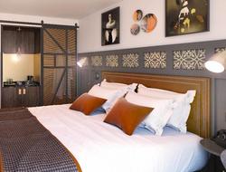 Franklin Ellis Architects designs first Hotel Indigo in Chester, Great Britain.