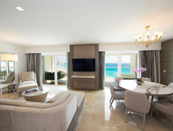 Le Blanc Spa Resort Cancun completes $30M renovation.