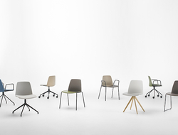With more than 100 color combinations in total, the range can be customized to suit any seating need.