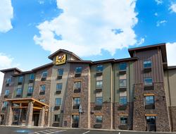 Upper-Midscale | Hotel Management