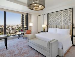 St. Regis Hotels & Resorts debuts in Jordan.