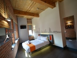 easyHotel double room