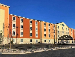 The 122-3oom WoodSpring Suites Reno Sparks was built for extended-stay travelers, and is located near the Reno-Tahoe International Airport.